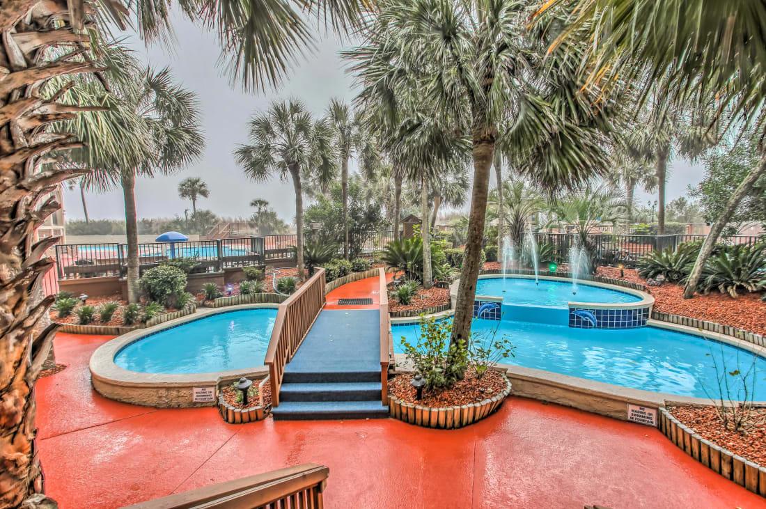 "Fun In The Sun : PETRO'S PARADISE #519 at The Beach Cove Resort "" Fun In The Sun"" Blog: Fountain"